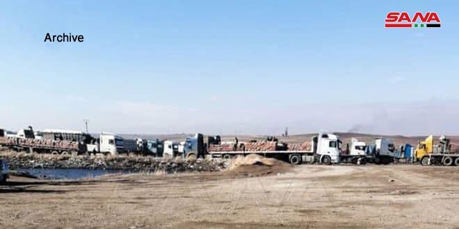 在叙利亚运输物资的卡车