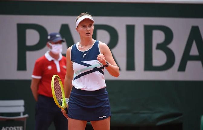 捷克选手克雷吉茨科娃摘得法网女单桂冠