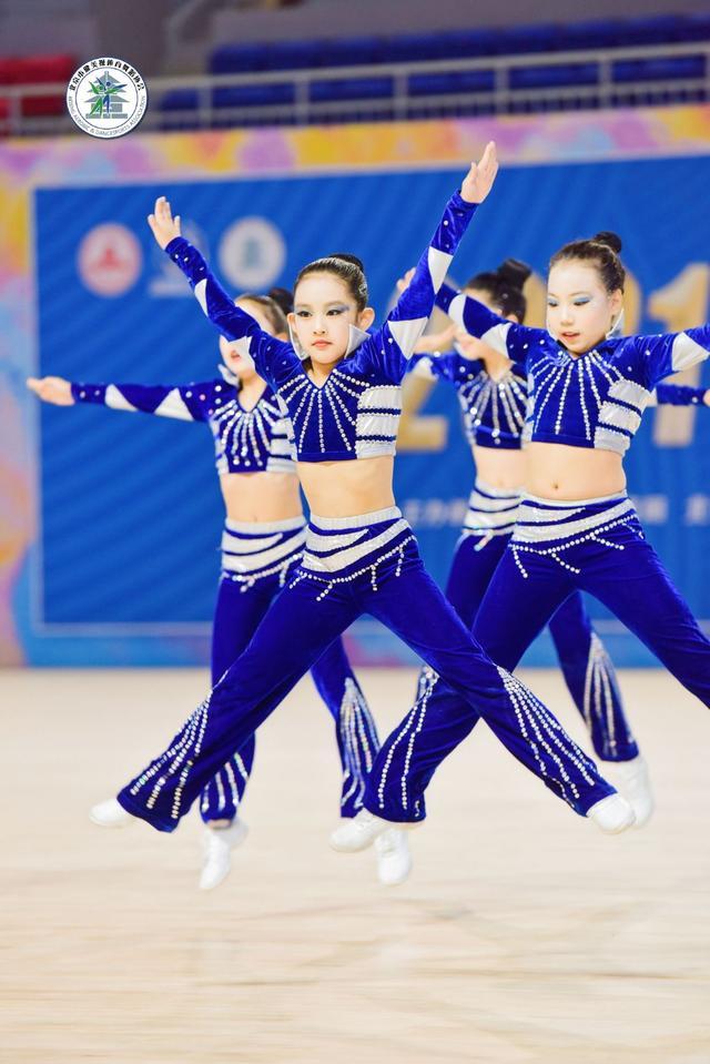 北京市健美操比赛水平高,国家队总教练点赞
