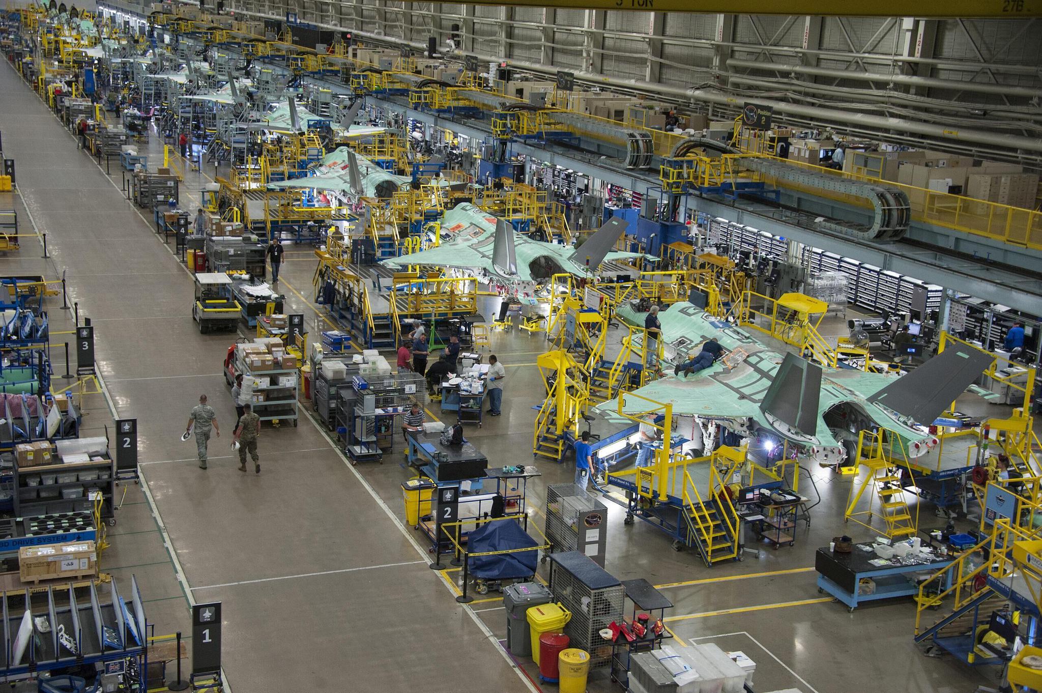 新冠疫情致美国F-35隐形战机减产 洛马公司:比预期中更严重