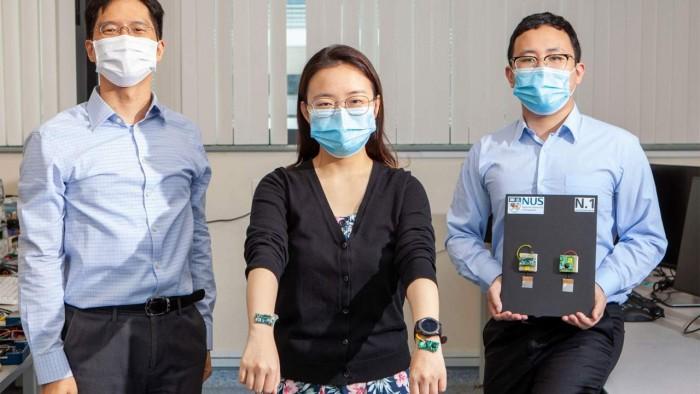 研究人员利用人体作为传输媒介为可穿戴设备供电