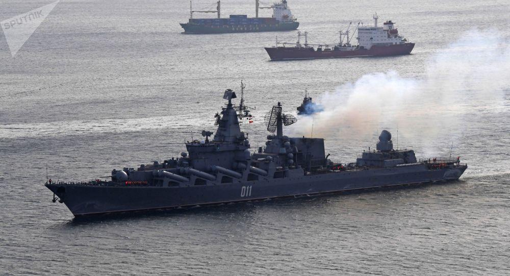 """俄舰队远赴太平洋中部演习:追踪驱离""""敌方""""潜艇"""