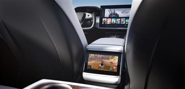 马斯克称赞AMD:把PS5级游戏性能带到特斯拉汽车上