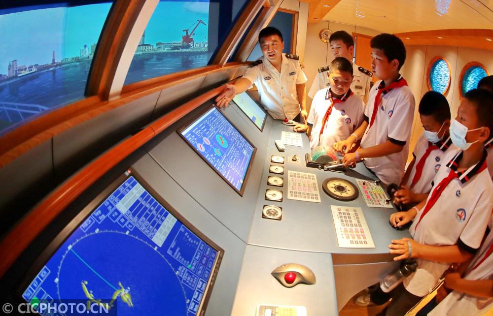 河北秦皇岛:普及航海教育 体验海洋文化