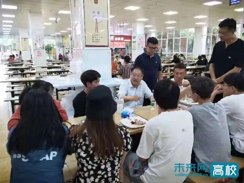 云南交通职业技术学院院长一行深入高新校区调研