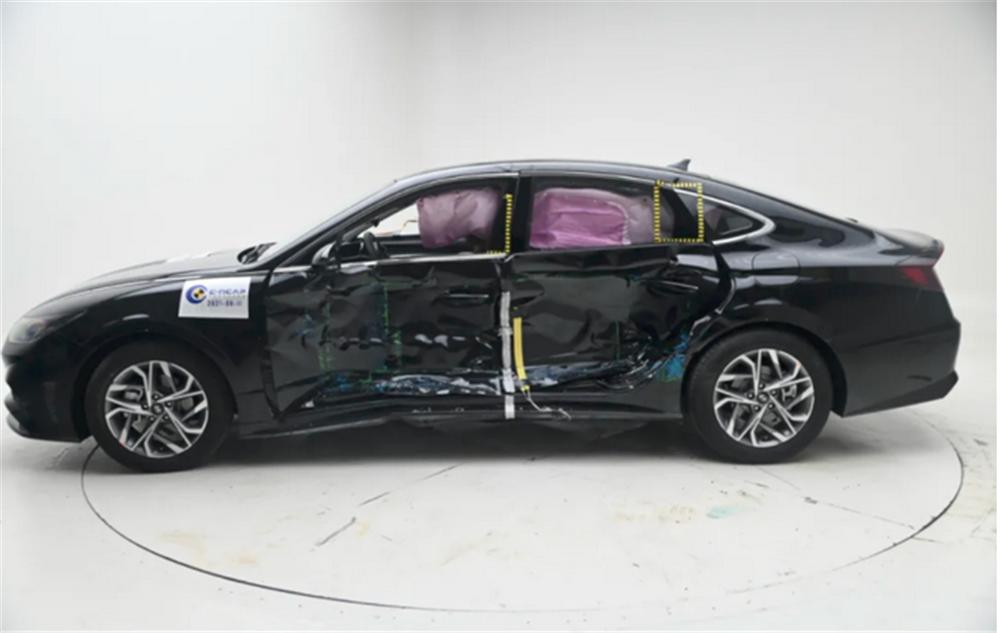 国产索纳塔被曝碰撞试验A柱弯折 中汽研C-NCAP完整成绩尚未公布-第4张图片-汽车笔记网