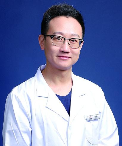 50岁以上松牙、残根、缺牙患者修复新思路 中老年口腔修复专家提醒:符合条件的松牙、残根可保住不用拔,正常饮食无障碍