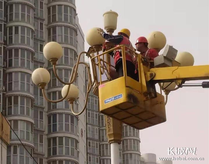 邢台:提升城市夜间形象 献礼建党100周年