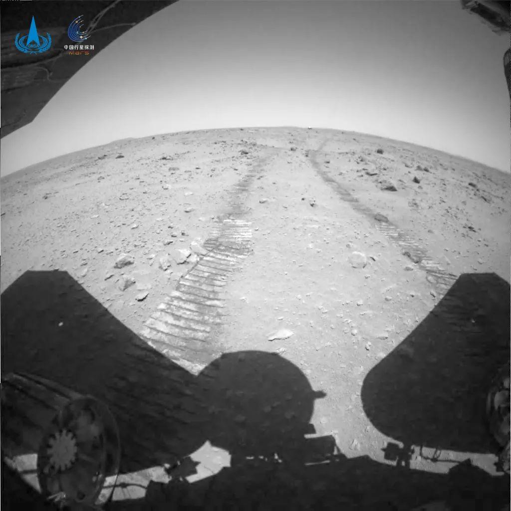 火星车行驶车辙图