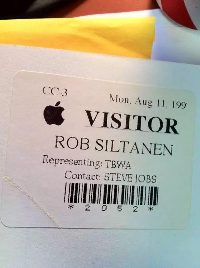苹果公司的来访者通行牌。图片由作者提供