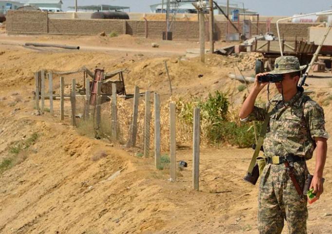 △吉尔吉斯斯坦边防军在执勤(图片来源:卫星通讯社)