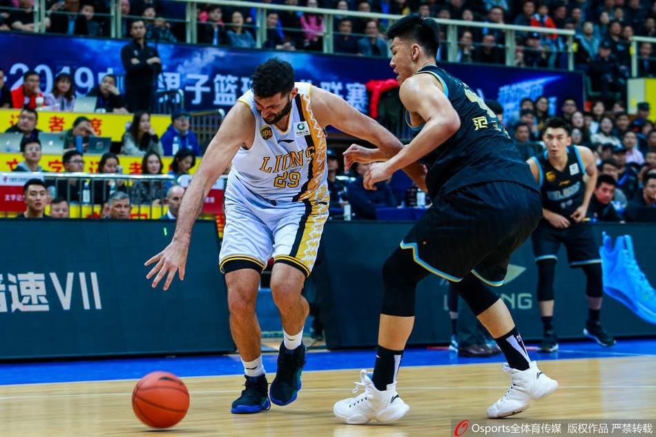 2020年1月21日 CBA 广州vs深圳 比赛视频