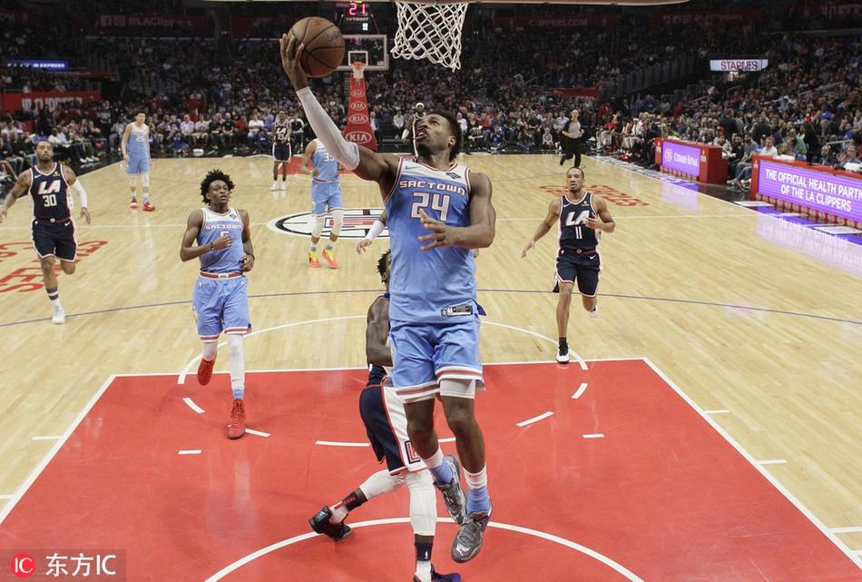 1月19日 NBA常规赛 76人vs尼克斯 全场集锦
