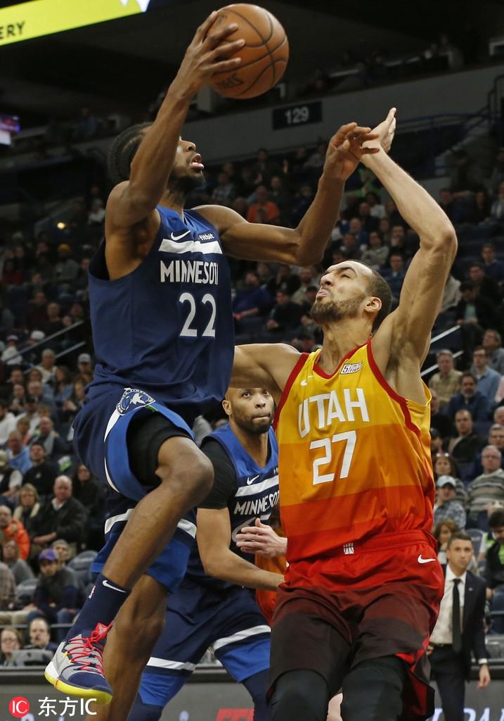 10月18日 NBA季前赛 森林狼vs雄鹿 全场集锦