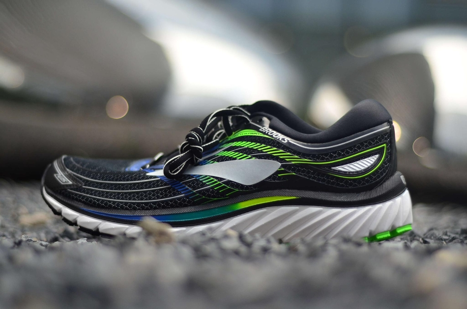 跑鞋_brooks glycerin 15 跑鞋实拍