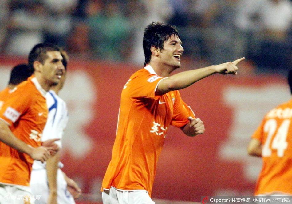 漂泊是米利安足球生涯关键词 他很难长时间效力1队