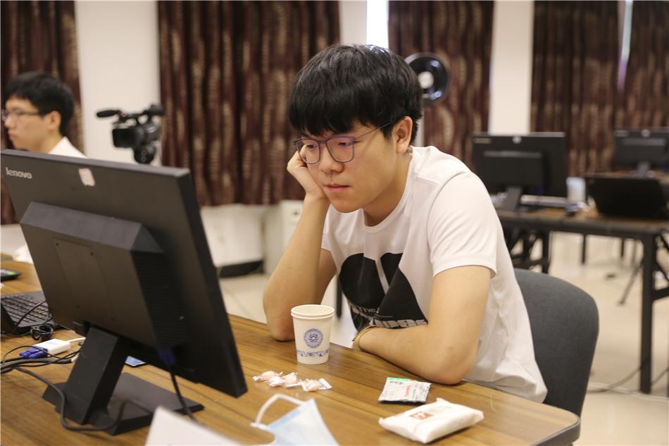 中国围棋第一人柯洁