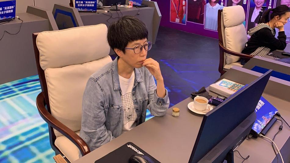 芮乃伟在比赛中