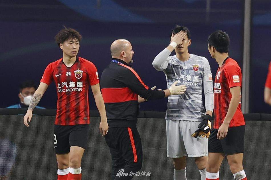 颜骏凌手术很可能赛季报销 伤势比想象中严重许多