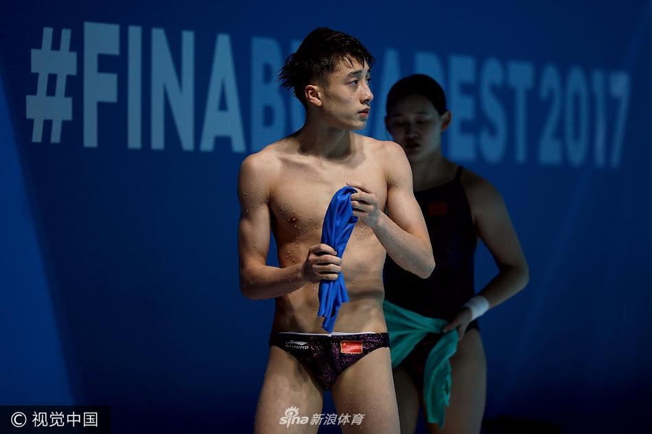 练俊杰攻下409C 东京奥运十米台能否有他一席之地