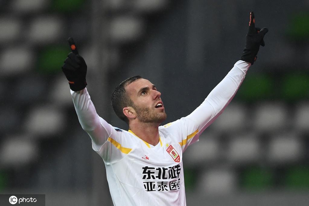 [足协杯]上海上港0-4长春亚泰