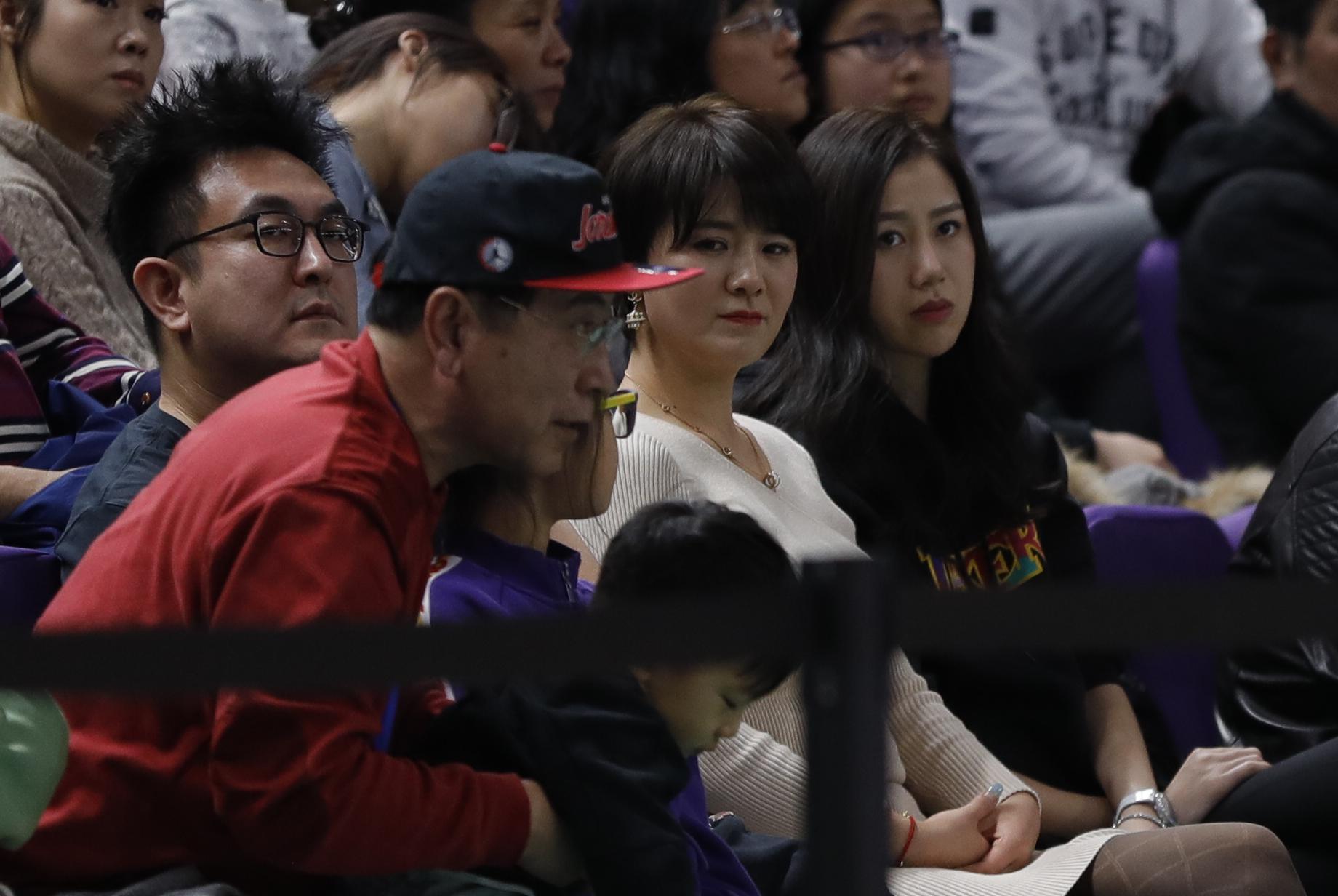 新浪直击CBA第10轮:北控90-91北京