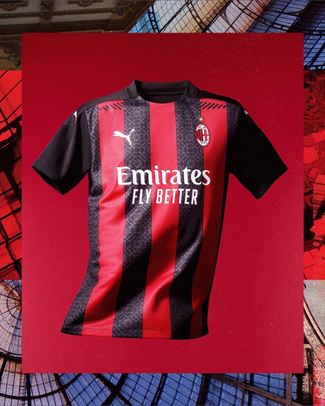 AC米兰队新款球衣正式发布 伊布领衔卖家秀