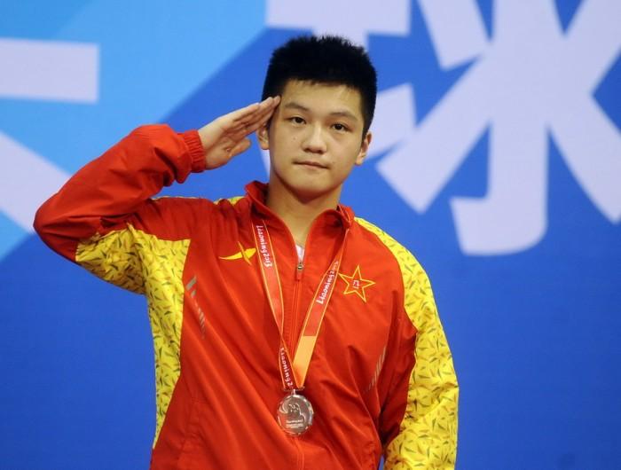 周雨:樊振东小时候完全是胖 游戏输了被罚吃馄饨
