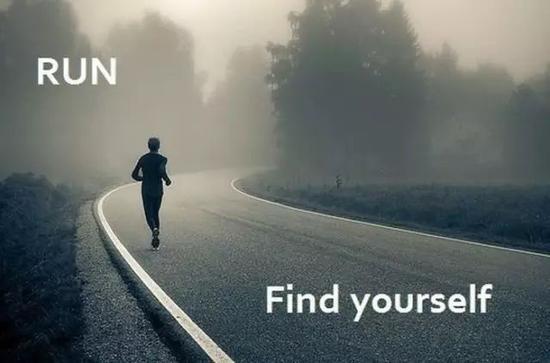 每天  10千米延续跑120天 她决定再也不每天  跑步