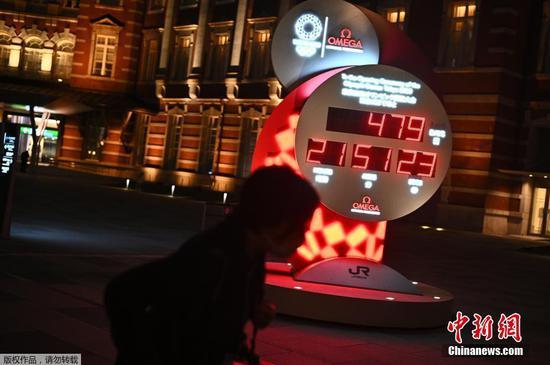 东京街头的奥运会倒计时牌重新启动计时。