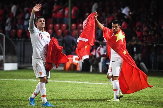 媒体盘点归化球员现状:德尔加多去哪都是外援