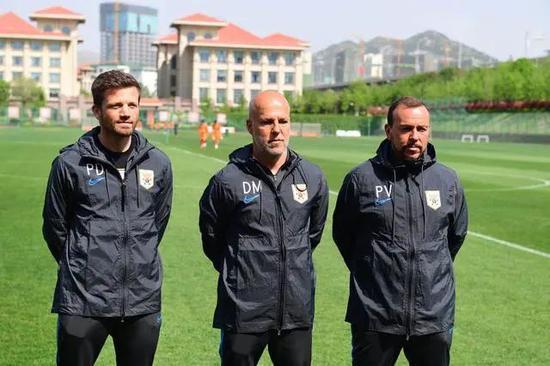 鲁能新外教高度评价年轻球员 目标要踢出成功赛季