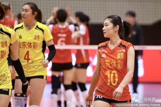 王梦洁现在是中国女排主力解放人之一,里约奥运未能参赛