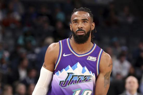 如果半个月后的NBA顺利复赛,那么犹他爵士将连续4个赛季都拿到了季后赛门票