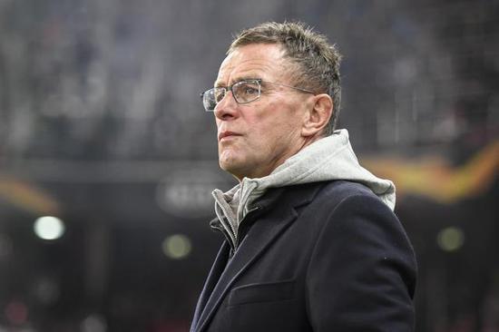 朗尼克昨日现身萨尔茨堡 借机挖1狠人来AC米兰