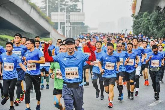 最新数据:跑10公里就能预测出你的跑马成绩!?