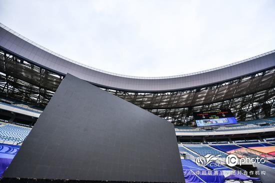 中超空场怎么看?互动大屏+巨型TIFO+虚拟观众辅助