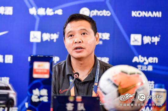 张效瑞:我们有时缺失一些运气 有机会进小组前四