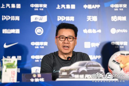 吴金贵:第5外援抵沪隔离后会合 鸭梨对球队很重要
