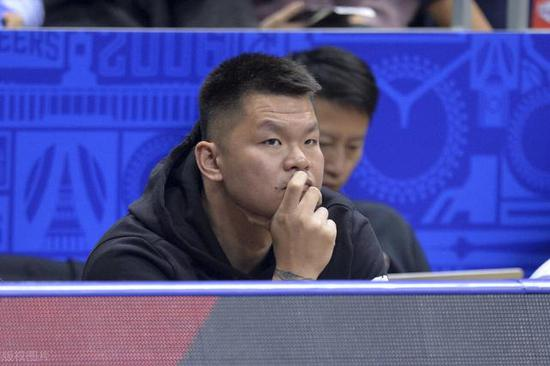 广东男篮战斗力经久不衰,朱芳雨是最大功臣,2招打造CBA冠军之师
