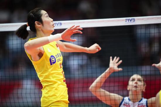 亚排联关注中国女排朱婷备奥运之余放眼学术建设