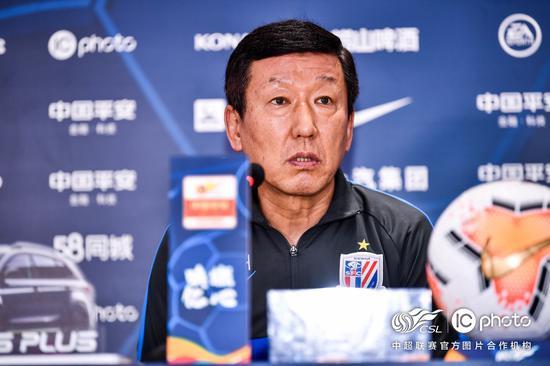 崔康熙:金信煜回来给小毕打替补 中国球员依赖外援