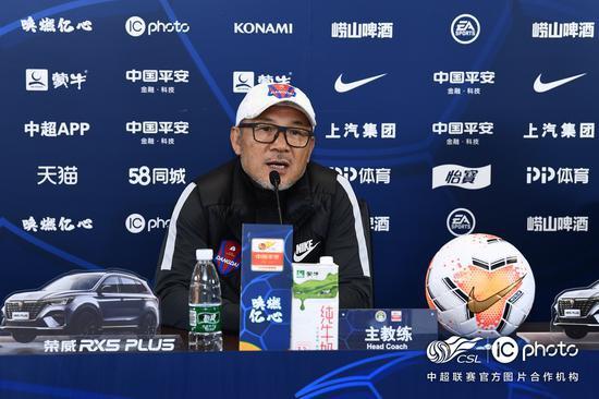 首回合比武中两头1-1战平,江苏苏宁易购以总比分2-1打败重庆今世