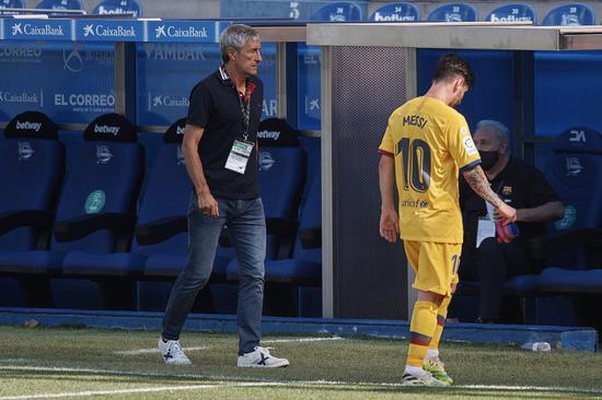 塞蒂恩曾企图告知梅西 他带球太急进导致丢球频繁