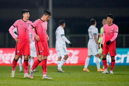对韩国队来说,竞赛困难之处并不止于对手的强大
