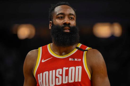 NBA季前赛继续进行,而有关哈登的生意谣言也依然没有结束