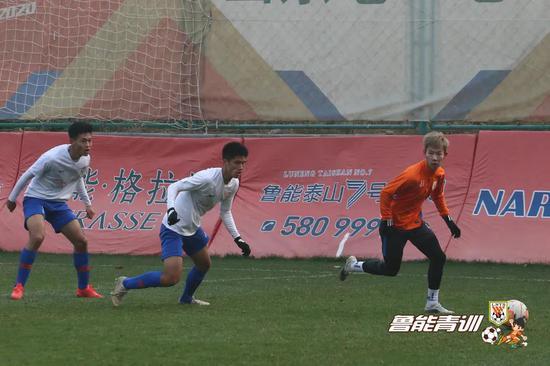 鲁能U19红队热身鲁能预备队