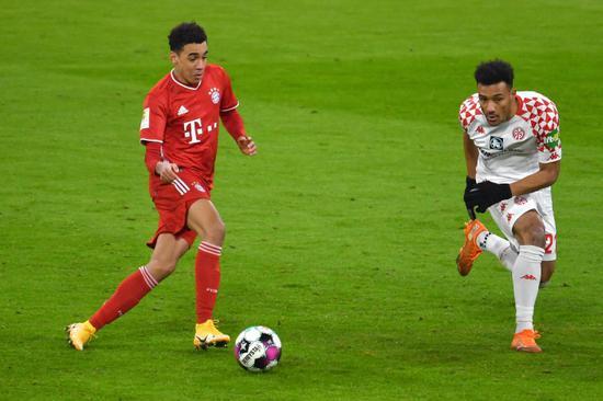 拜仁将与穆西亚拉续约至2025年