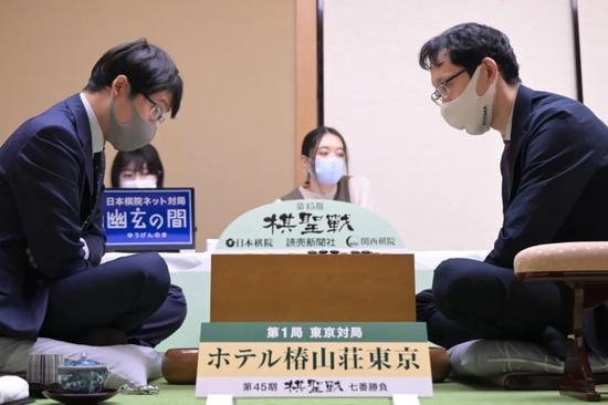 熟悉的剧本与熟悉的对手 日本棋圣战井山轻取河野