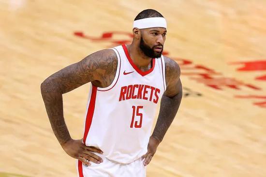 5人被裁,1人离开NBA!勇士真惨啊...